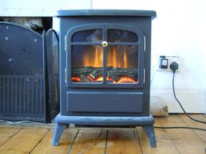 Electric Stove fire place Heater. Focal Point ES. Excellent order.