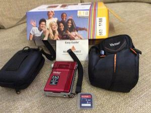Vivitar iTwist 925 DVR with extra case and memory card - brand new