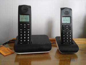 Cordless landline phone, as new, base unit with 2 handsets, black.