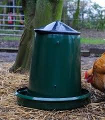 King Outdoor Poultry Feeder 25Kg