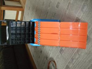 Hot wheels carry case with race track