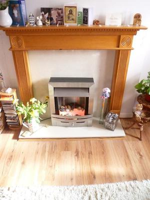 FLAME EFFECT ELECTRIC FIRE. USABLE AS COSMETIC CENTRE-PIECE AND/OR ADDITIONAL FAN HEATER
