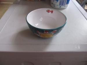 THE PIER HAND DECORATED BOWL (NEW)