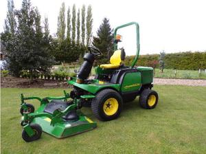 JOHN DEERE  OUTFRONT MOWER  in Wisbech