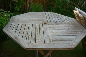 Octagonal Folding Garden Table and Four Chairs