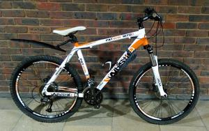 Mens WHISTLE Patwin D Mountain Bike In Very Good Condition