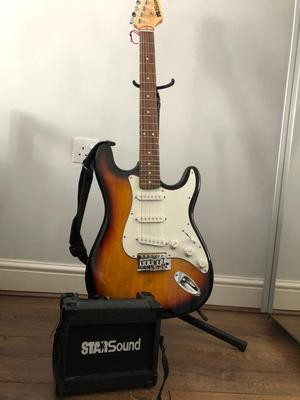 Electric guitar with 5W amplifier
