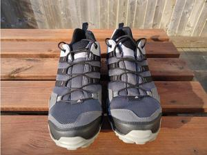Gents Addias Terrex AX2R Sports Trainers size 9.5 (eu 44) in