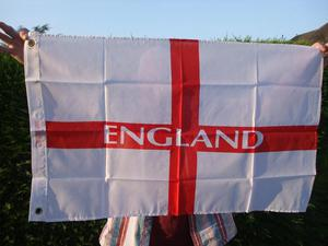 JOB LOT APPROX. 450 GIANT & LARGE ENGLAND FLAGS