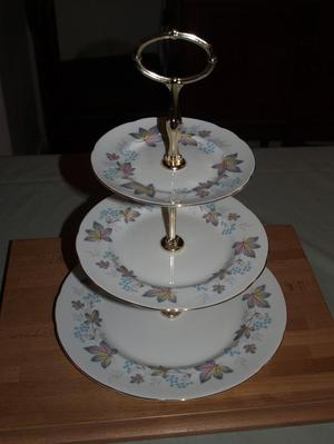 Paragon Enchantment Cake Stand
