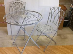 Garden set table & chairs