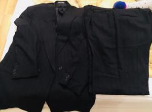 Giorgio Armani Mens XL Black suit worn twice