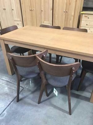 Extending Table & 6 chairs NEW