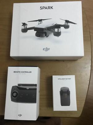 Dji Spark + Remote Control + Extra Battery
