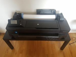 HP DesignJet T120 plotter after 1 and a half years of use / IKEA TABLE / NEW HP PRINTHEAD