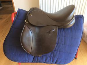 Pony saddle 14''