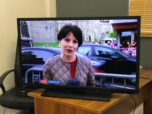 """Toshiba 40"""" Led Full Hd p tv with Freeview Hdmi usb excellent condition"""