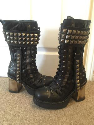 Ladies genuine New Rock boots size 7, immaculate worn once