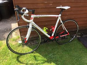 Selling my Audacio 200 road bike. In great condition.
