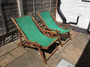Stylish Pair of Deck Chairs - Perfect for the Sunshine!