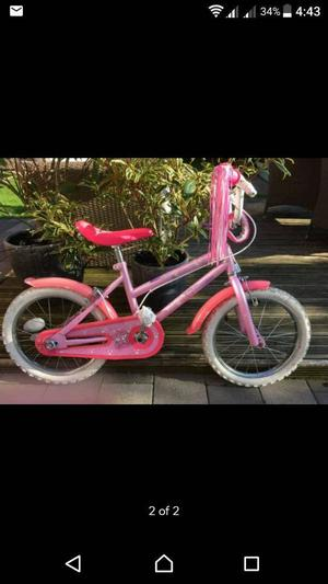 Girl bike is in excellent condition