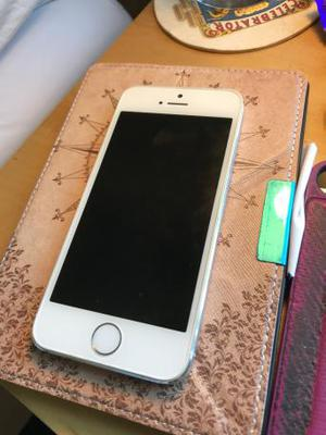 Iphone 5s Good Condition Brand New Battery