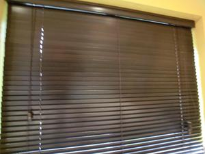 window blinds dark wood effect