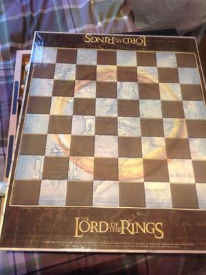 Lord of the rings chess board game