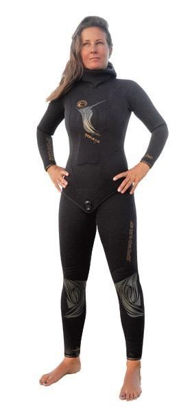 Ladies Freediving Wetsuit with hood - 5mm - Size M - worn once!