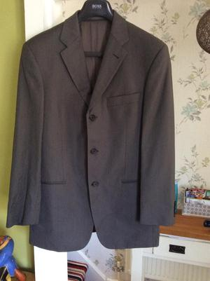 Mens genuine Hugo boss super 100 suit
