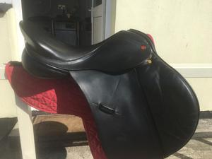 Albion K2 GP Saddle Black MW 17'