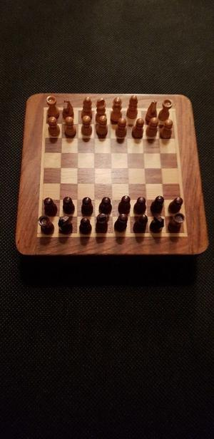 Small magnetic wooden chess set