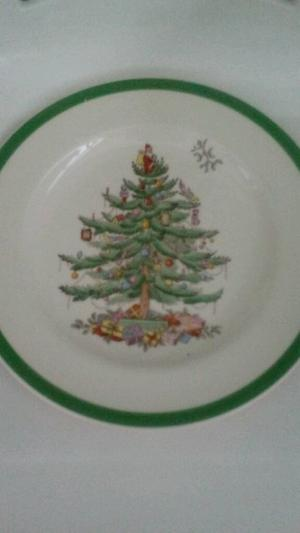 """Vintage Copeland Spode """"Christmas Tree"""" dinner plate, from around ."""