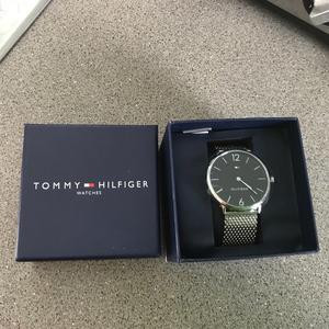 Brand new sealed in box genuine Tommy Hilfiger watch with tags bargain £125