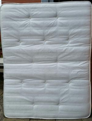 king size mattress, good quality. 200cm x 150cm x 22cm thick. In good clean condition.