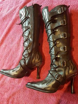 Ladies New Rock Boots size 5
