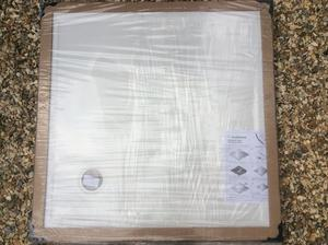Shower tray 1m x 1m low profile