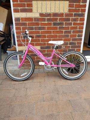 Young girls pink Claud Butler mountain bike. Excellent condition hardly used.