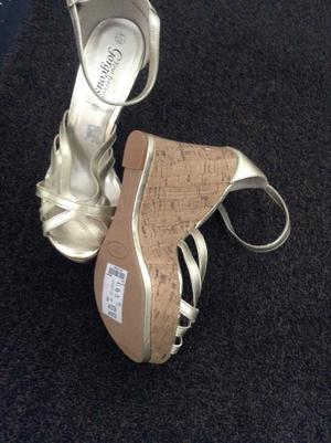 LADIES NEW LOOK SHOES WEDGES BRAND NEW