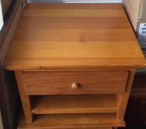 PINE EFFECT LAMP/COFFEE TABLE WITH DRAWER