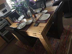 Beautiful Hand Made Wooden Pallete Dining Table with Four