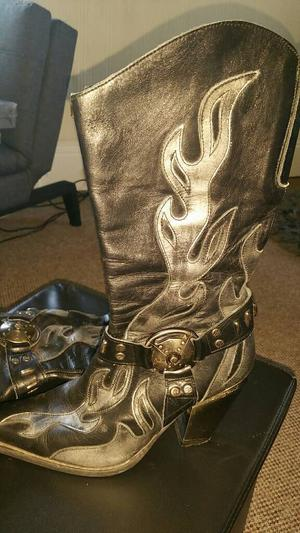 New Rock Cowboy Boots size 6 (39) used & soft leather