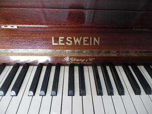 upright piano by leswein