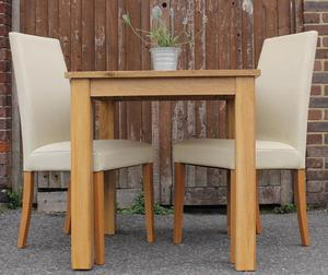 Oak table & 2 Chairs