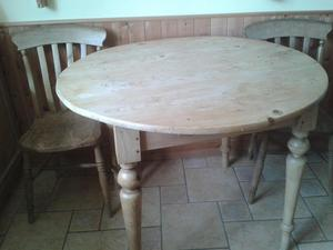Antique Pine Kitchen Table, Round with 2 Chairs