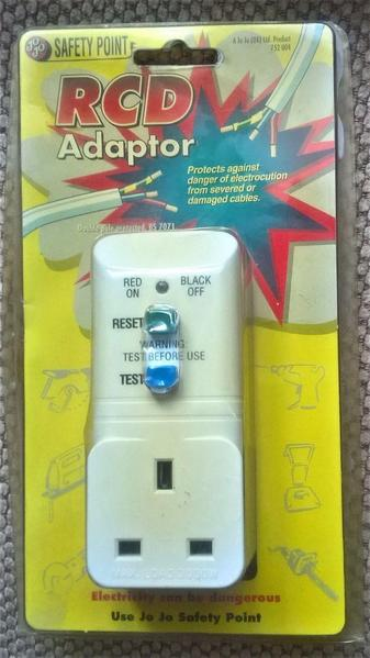 JO JO SAFETY POINT RCD PLUG ADAPTOR 13 Amp W