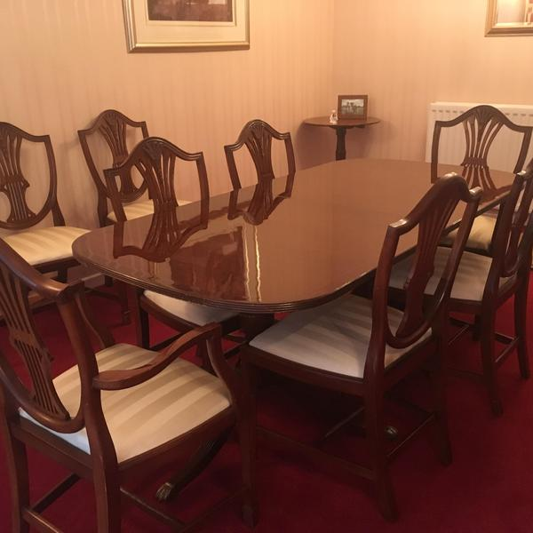 Dining table & 6 chairs, plus sideboard and dresser