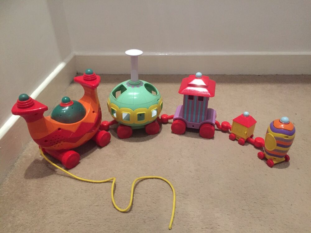 IN THE NIGHT GARDEN NINKY NONK MUSICAL ACTIVITY TRAIN