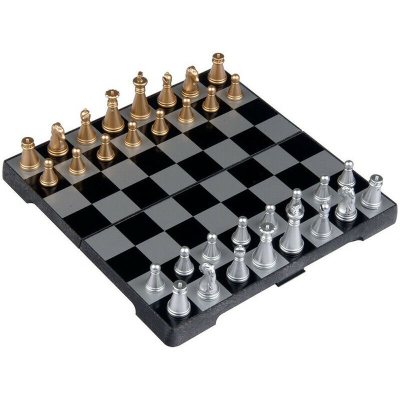 6.3 Inch Magnetic Travel Chess Set (Black and White) L6A4