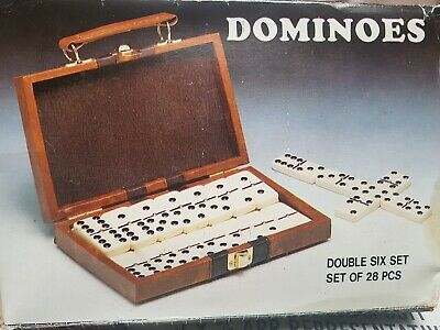 28 pieces set of Dominoes large version Set in a Mahogany